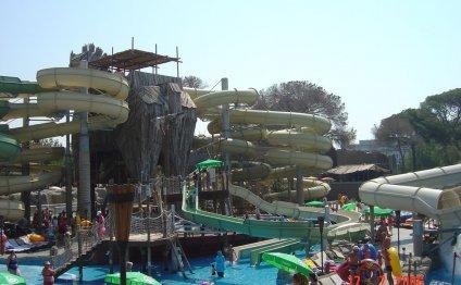 Аквапарк Троя в Белеке